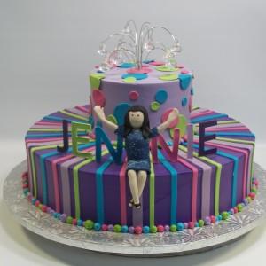 custom-stripes-and-sculpted-jennie-cake1-300x300
