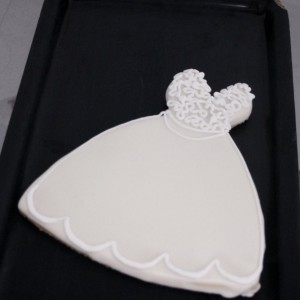 lace_top_wedding_dress_cookie-1-300x300