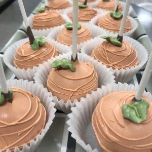 pumpkin_cakepop_2-e1569607447878-300x300